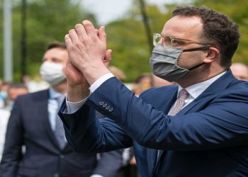 German Health Minister Jens Spahn is seen during his visit to the Annaheim nursing and care centre, amid the coronavirus disease (COVID-19) outbreak in Neunkirchen, Germany, May 8, 2020. Oliver Dietze/Pool via REUTERS