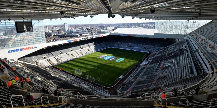 NEWCASTLE UPON TYNE, ENGLAND - FEBRUARY 11: General view inside the stadium prior to the Premier League match between Newcastle United and Manchester United at St. James Park on February 11, 2018 in Newcastle upon Tyne, England. (Photo by Mark Runnacles/Getty Images)