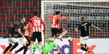 Soccer Football - Europa League - Group E - PSV Eindhoven v PAOK - Philips Stadion, Eindhoven, Netherlands - November 26, 2020 PSV Eindhoven's Donyell Malen scores their third goal REUTERS/Piroschka Van De Wouw