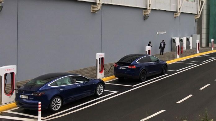 Tesla Superchargers Athens 0001
