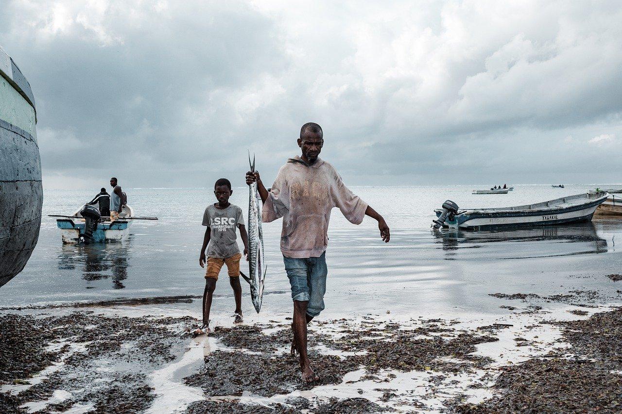 fishermen 5994018 1280