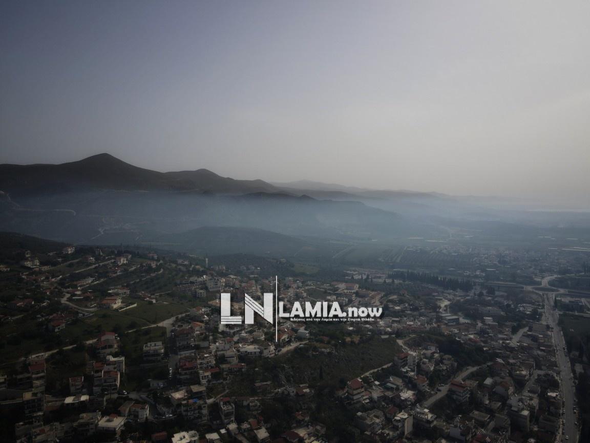 Πάσχα στη Λαμία: Οι σούβλες πήραν φωτιά – Καπνός σκέπασε τον ουρανό (pics, vid)