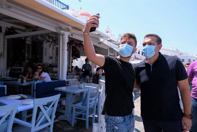 Επίσκεψη του προέδρου του ΣΥΡΙΖΑ Αλέξη Τσίπρα στην Μύκονο, Πέμπτη 22 Ιουλίου 2021. (EUROKINISSI/ΓΡΑΦΕΙΟ ΤΥΠΟΥ ΣΥΡΙΖΑ/ANDREA BONETTI)